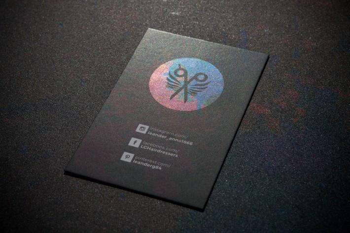 Achterzijde visitekaarten Leander voorzien van cold foil (inline)
